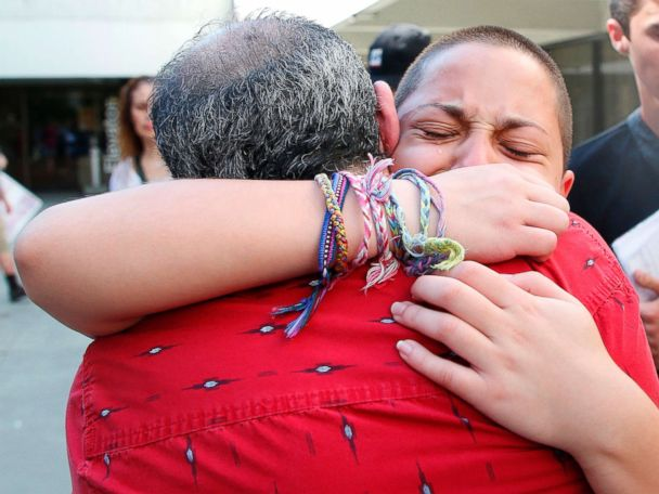 Florida shooting survivor rallies crowd: 'It's time for victims' to change gun laws