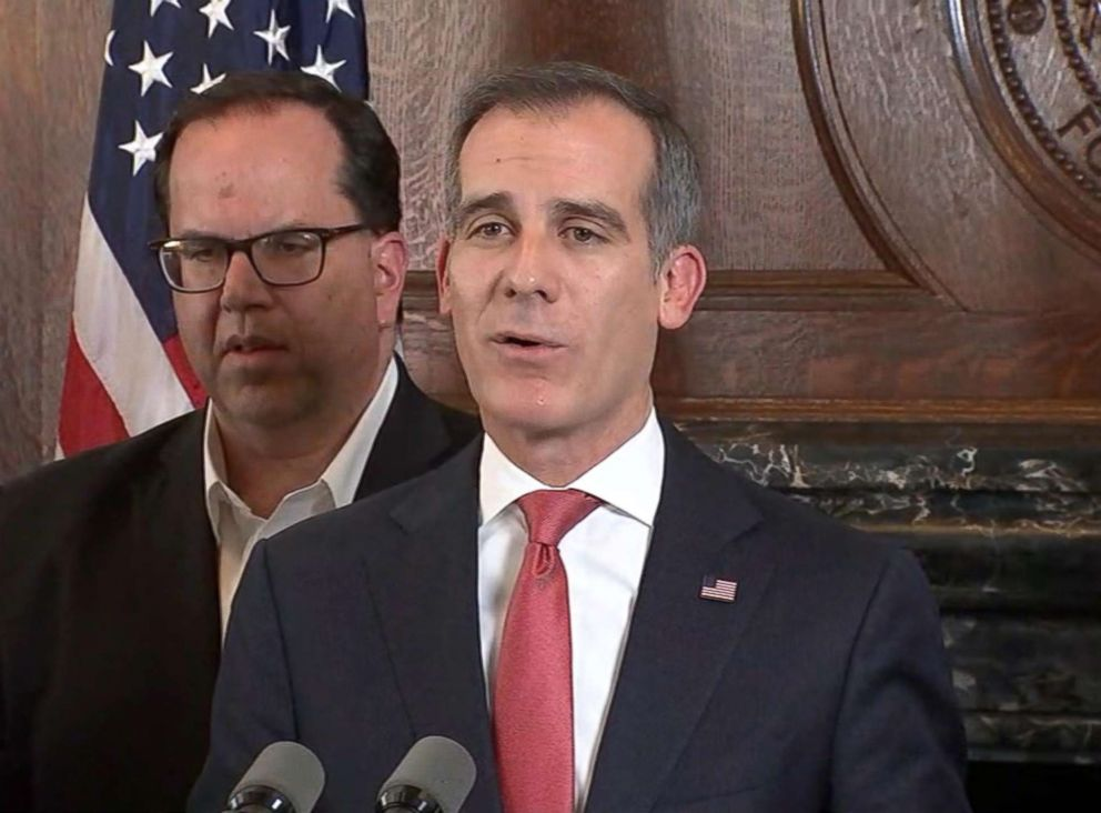 PHOTO: Mayor of Los Angeles Eric Garcetti speaks at a press conference, Jan. 22, 2019.