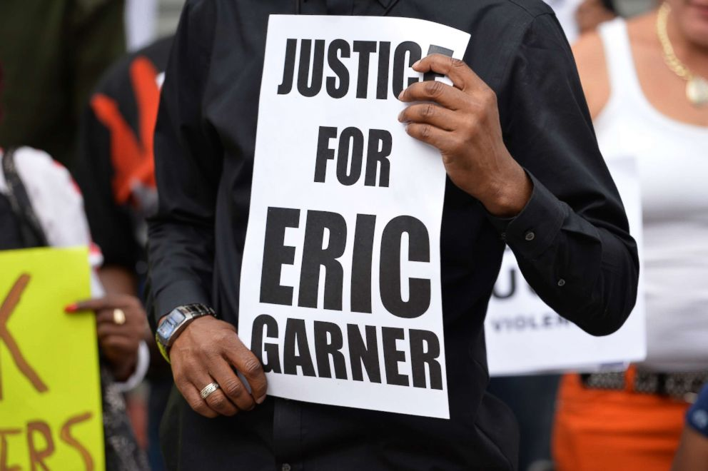PHOTO: Demonstrators rally against police brutality in memory of Eric Garner on Aug. 23, 2014 in Staten Island, N.Y.