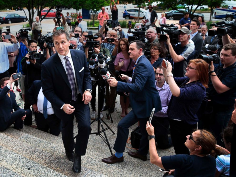 PHOTO: Missouri Gov. Eric Greitens leaves the Civil Courts building after prosecutors abruptly dropped a felony invasion-of-privacy charge alleging he had taken a revealing photo of a woman with whom he has acknowledged having an affair, May 14, 2018.