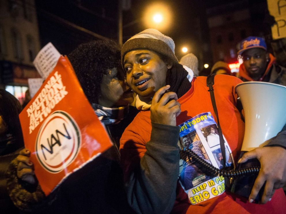 PHOTO: Erica Garner leads a march of people protesting the Staten Island, New York grand jurys decision not to indict a police officer involved in the choke-hold death of her father Eric Garner in July, on Dec. 11, 2014.