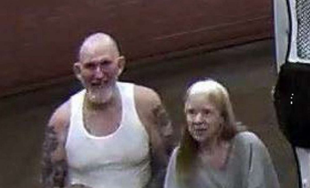 PHOTO: U.S. Marshals are searching for Blane and Susan Barksdale.