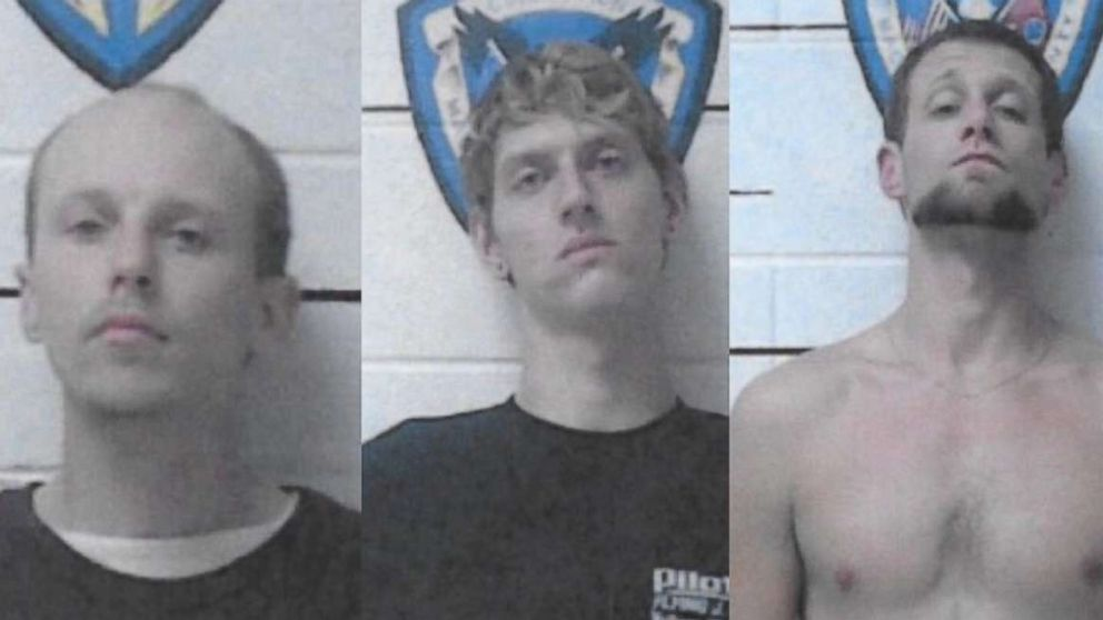 Tennessee inmates removed speaker from wall, crawled in to escape