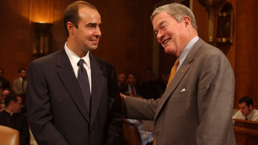 Trump to nominate Eugene Scalia as new secretary of labor thumbnail