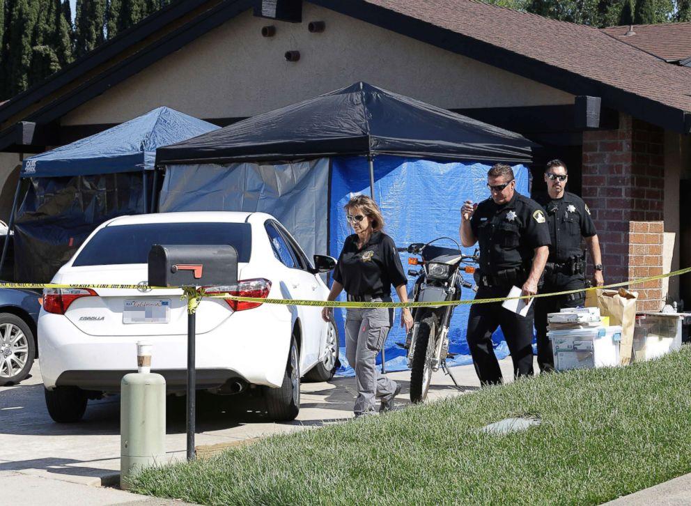 PHOTO: Sacramento County Sheriffs deputies leave the Citrus Heights, Calif., home of Joseph James DeAngelo, April 25 2018.