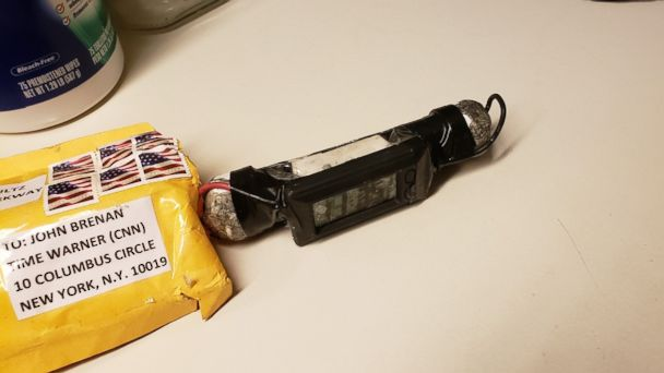 Explosive devices sent to Hillary Clinton, Obama, other prominent Democrats and CNN