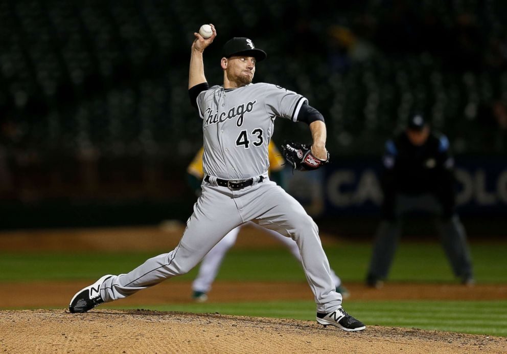 PHOTO: Danny Farquhar of the Chicago White Sox pitches in the seventh inning against the Oakland Athletics at Oakland Alameda Coliseum on April 16, 2018 in Oakland, Calif.