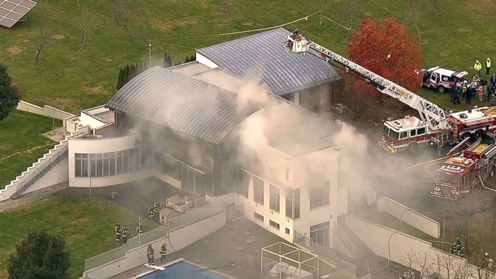 4 Dead In New Jersey Mansion Fire Police Investigating As