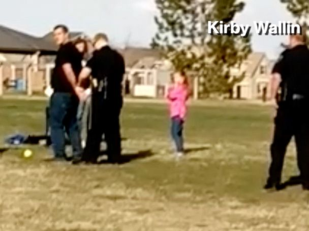 Father arrested for playing with daughter in park, citing coronavirus restrictions