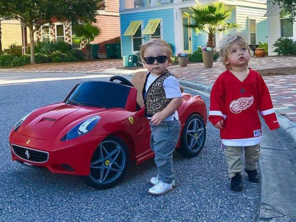 photo lauren willis of destin florida dressed her twin boys charlie and