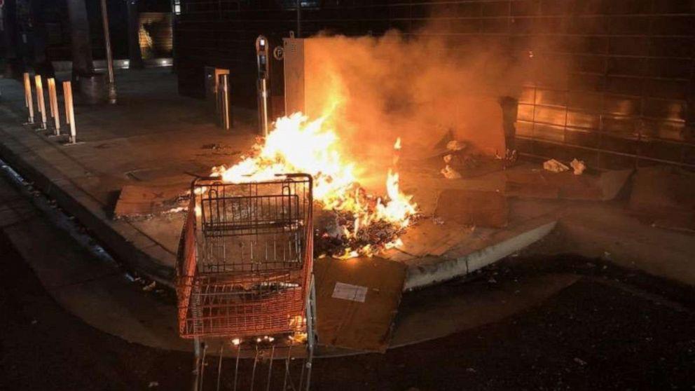 Kalifornien Mann schlafenden Obdachlosen in Brand und machten Fotos