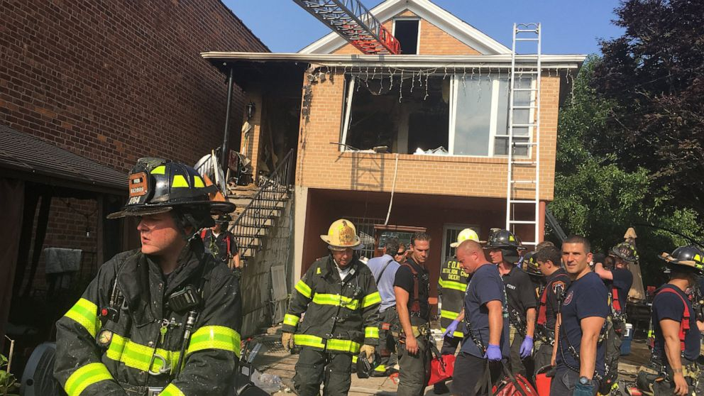 Arson ruled in NYC fire that killed 6-year-old girl, 2 adults thumbnail