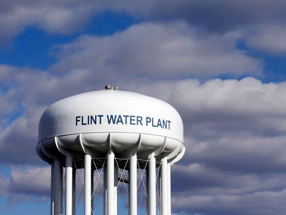 PHOTO: The Flint Water Plant water tower is seen in Flint, Mich., March 21, 2016.
