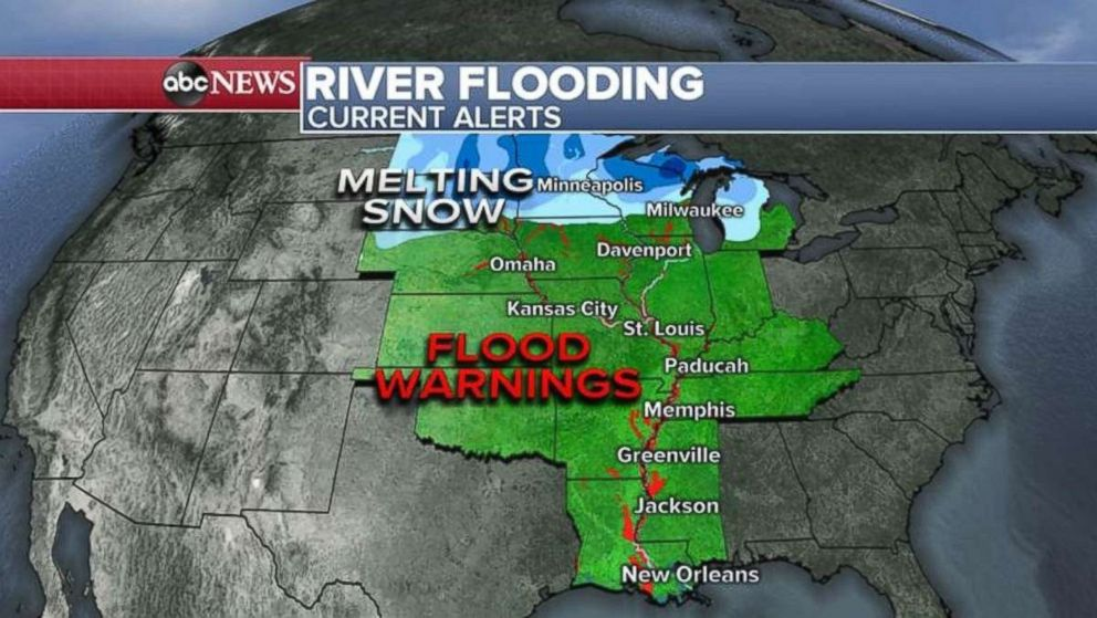 PHOTO: Flood warnings remain in place along the Missouri and Mississippi rivers.