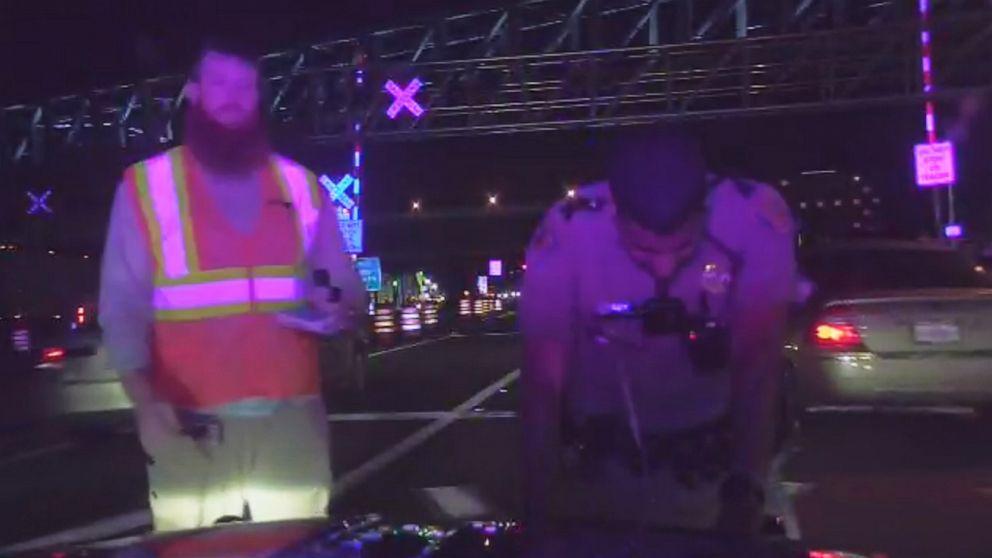 Florida Highway Patrol Traffic >> Florida Highway Patrol Trooper Dragged 100 Feet During