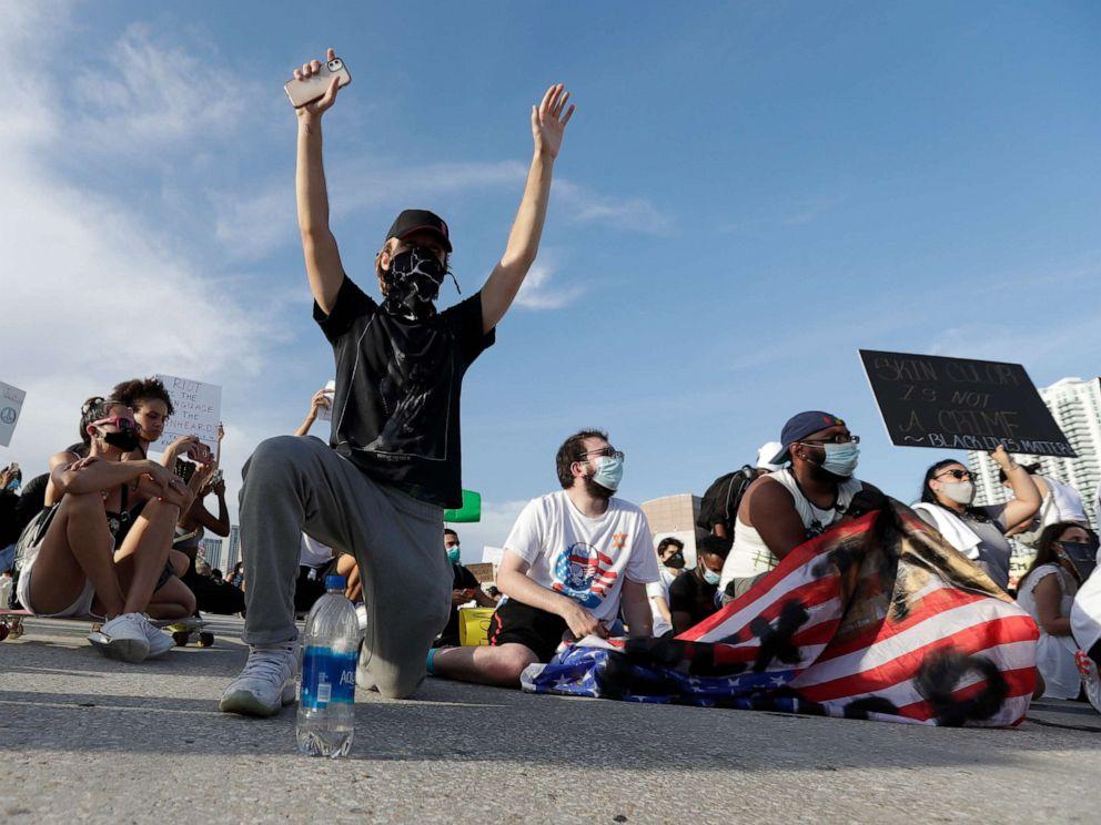 miami protest - photo #10