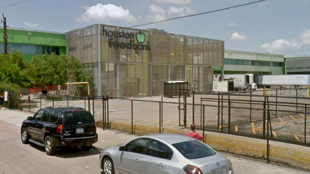 Food bank tosses almost $3 million in fresh food after ammonia leak thumbnail