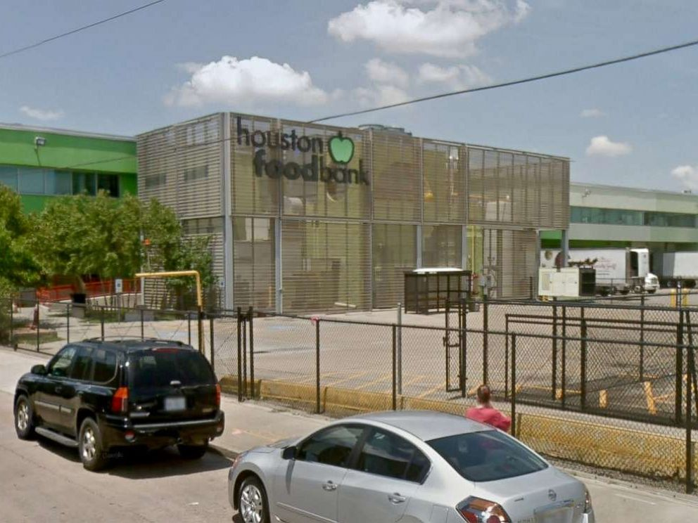 PHOTO: The Houston Food Bank was forced to throw away about $2.7 million worth of food after an ammonia leak contaminated the refrigerated area.