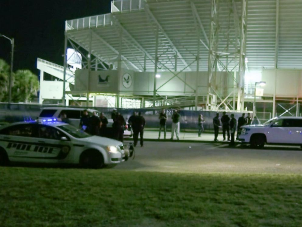 PHOTO: At least 10 people were injured in a shooting at a high school football game in Mobile, Alabama.