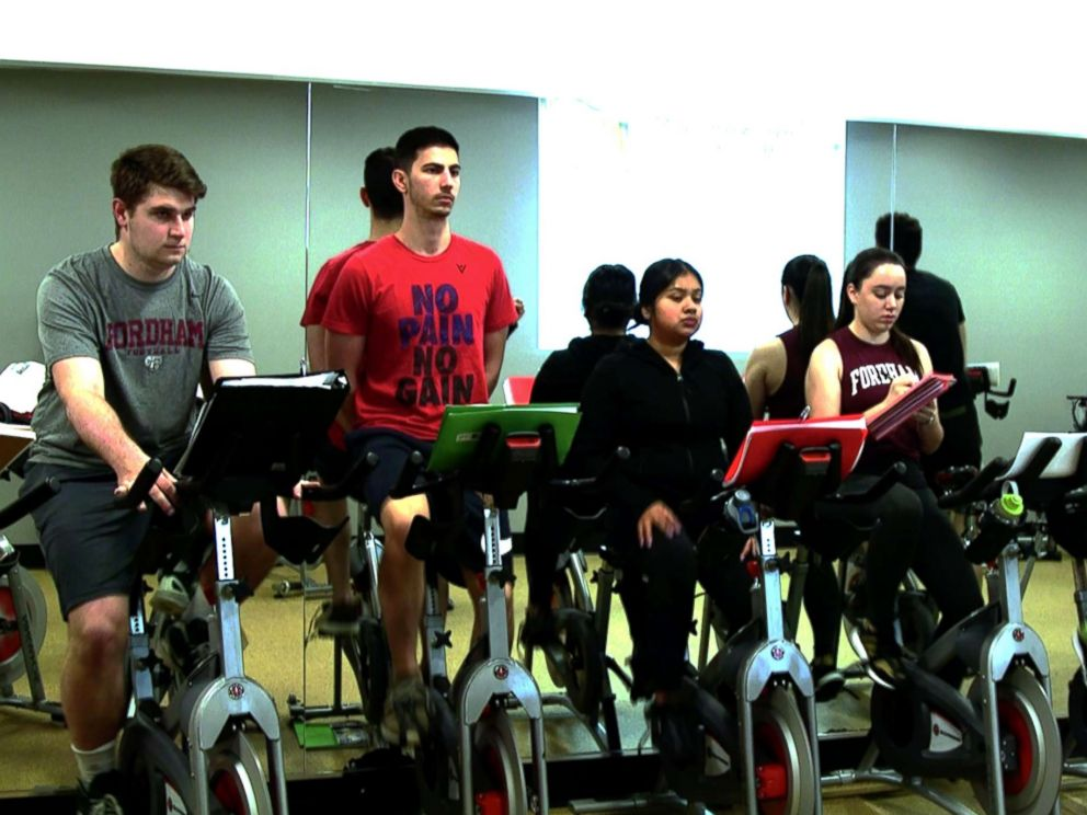 PHOTO: Fordham University offers a first-of-its-kind business course in the universitys spin studio.