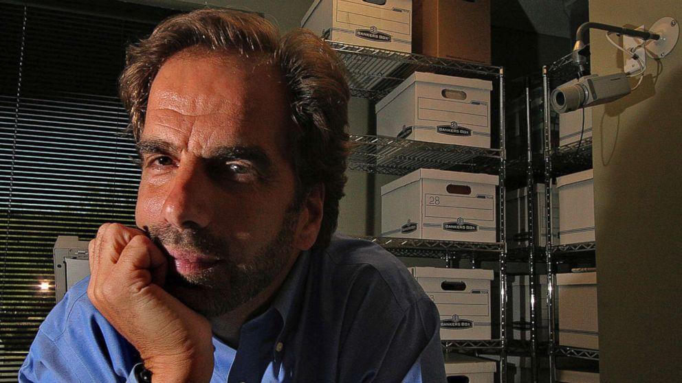 In this Friday, June 29, 2007, file photo, Dr. Steven Pitt poses in Scottsdale, Ariz.
