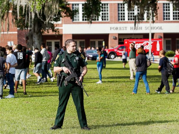 1 student injured in Florida high school shooting; suspect in custody, officials say