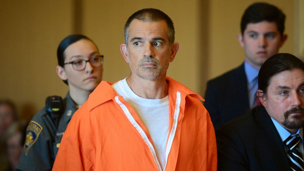 Fotis Dulos, Connecticut man charged with killing wife, dies by suicide thumbnail