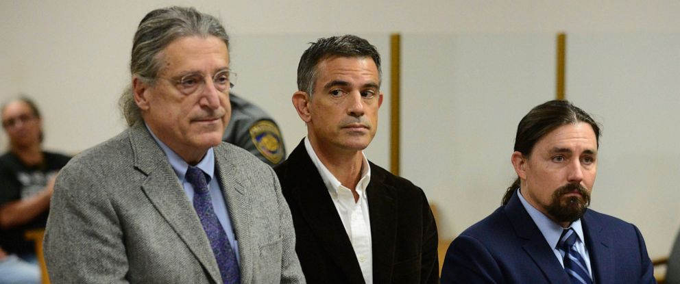 PHOTO: Fotis Dulos, center, appears with his attorney Norm Pattis, left, for arraignment on a new tampering with evidence charge, Sept. 12, 2019, at state Superior Court in Norwalk, Conn.