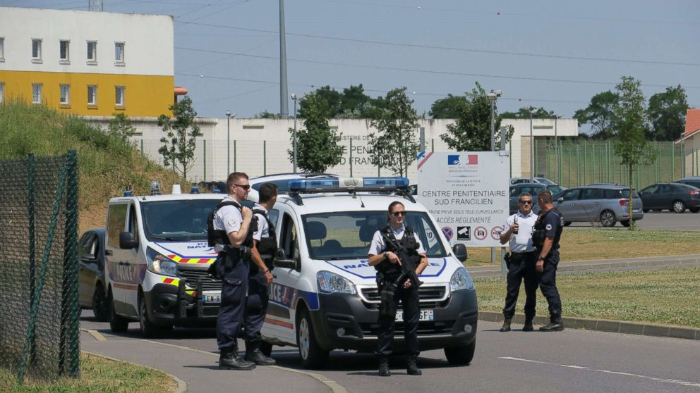 Redoine Faid escaped from this French Jail with a helicopter flown by armed accomplices, July 1, 2018.