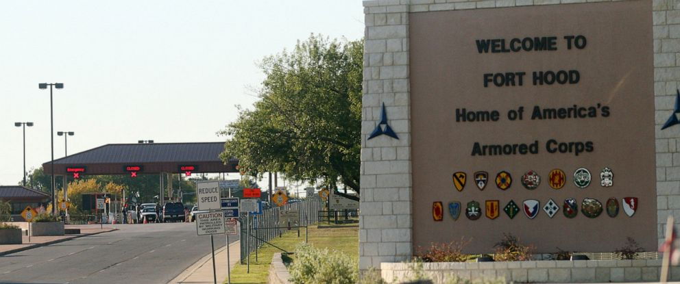 PHOTO: An entrance to Fort Hood Army Base in Fort Hood, Texas, near Killeen remains in lock-down following a mass shooting on Thursday, Nov. 5, 2009.