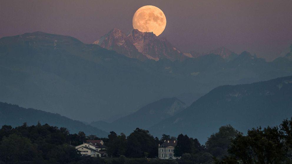 full moon gty aa 191209 hpMain 16x9 992