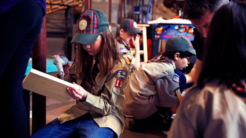 https://s.abcnews.com/images/US/girls-boy-scouts-ap-4-thg-180502_hpMain_16x9_992.jpg