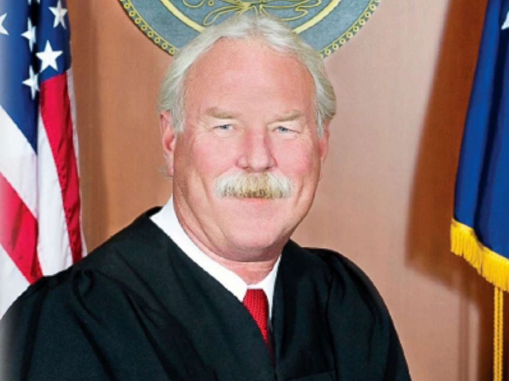Republican judge frees defendants after losing job to Democrat