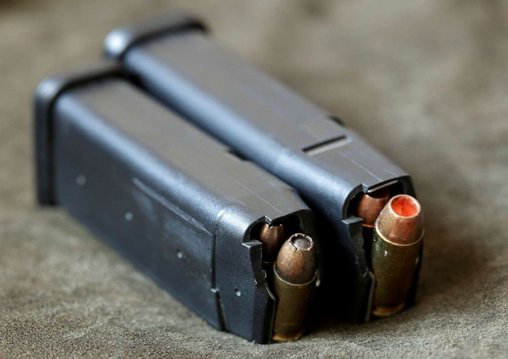 US Secret Service switching to 9mm Glock pistols - ABC News
