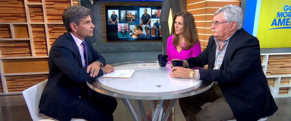 PHOTO: George Stephanopoulos speaks with the family of Ron Goldman, Kim and Fred Goldman, at Good Morning America studios, July 20, 2017, in New York City.