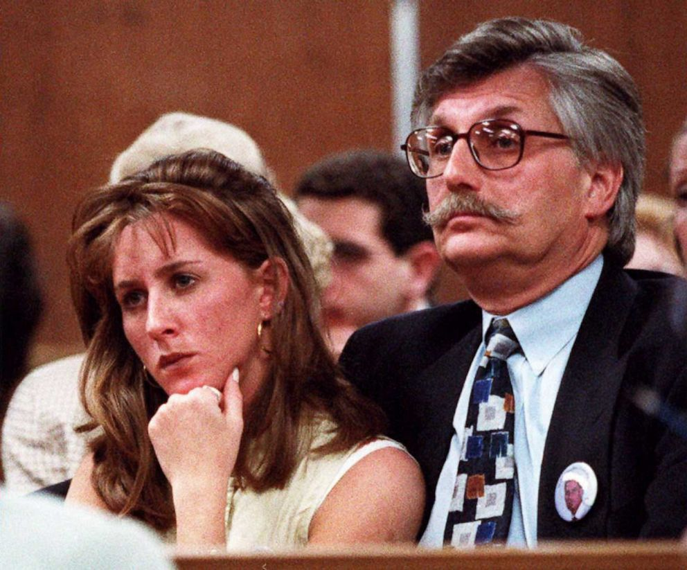 PHOTO: Kim Goldman and Fred Goldman, sister and father of murder victim Ronald Goldman listen to Superior Court Judge Alan Haber in a Santa Monica, Calif., June 25, 1996.