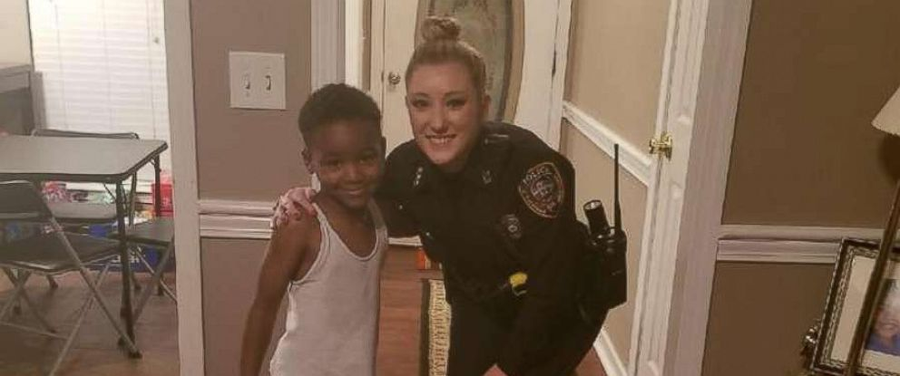 PHOTO: On Saturday Dec. 16, 5-year-old TyLon Pittman called 911 because he was afraid that the Grinch would steal his Christmas, and Officer Lauren Develle from Mississippis Byram Police Department showed up to assure him that would never happen.