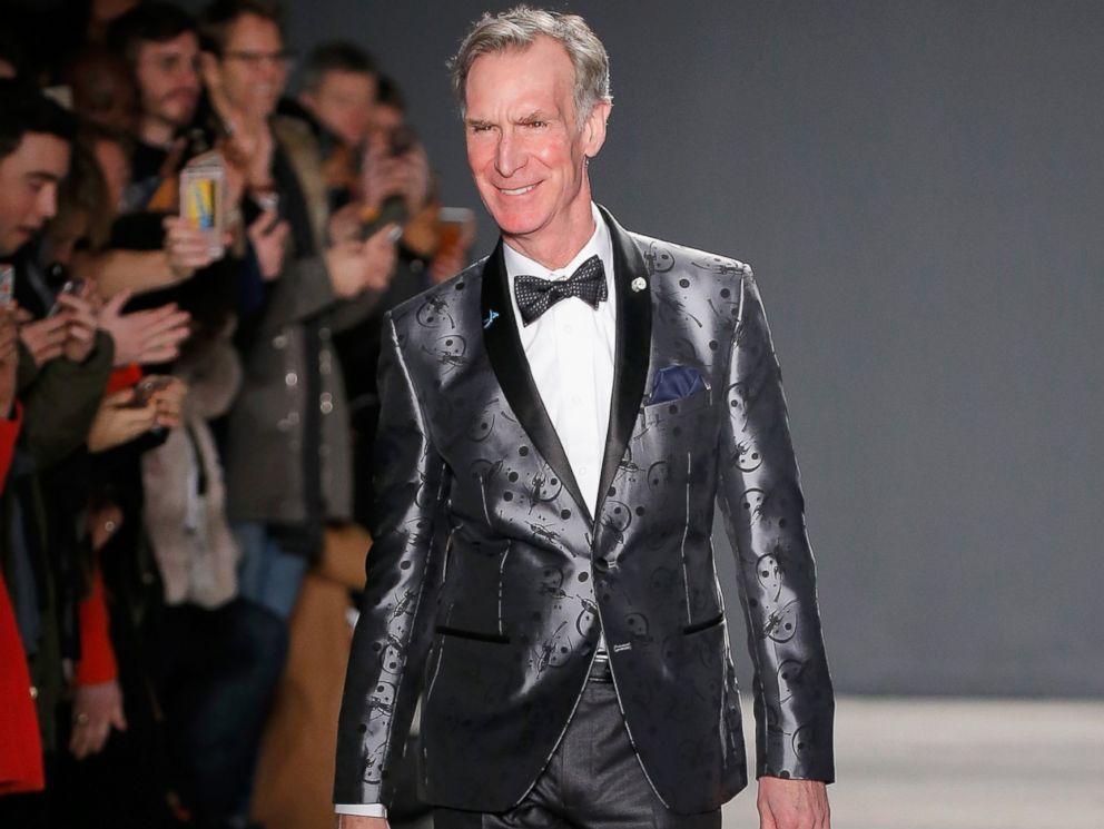 PHOTO: Bill Nye walks the runway at the Nick Graham NYFW Mens F/W 17 show on Jan. 31, 2017 in New York.