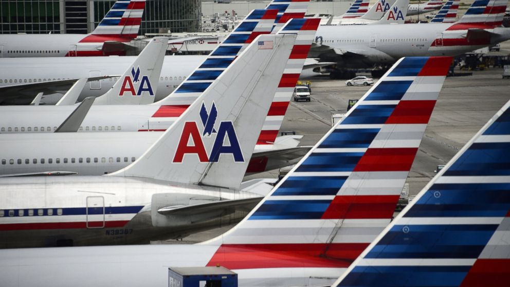 American Airlines Pilot Dies Mid-Flight - ABC News