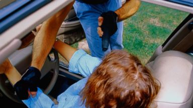 PHOTO: These steps can help you survive and avoid a carjacking.