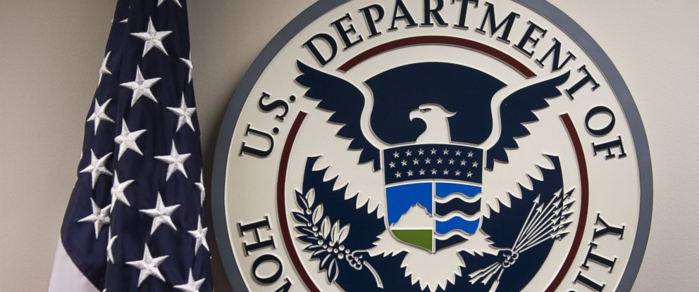 PHOTO: The logo of the US Department of Homeland Security is seen at the National Cybersecurity and Communications Integration Center in Arlington, Virginia, Jan. 13, 2015.