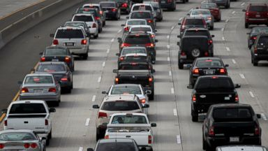 PHOTO: Morning traffic fills the SR2 freeway on April 25, 2013 in Los Angeles, Calif.