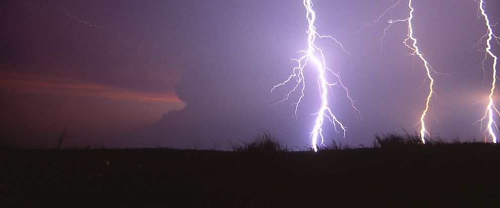 042c016865b73 Lightning Strike Feels Like Being Cooked in a Microwave, Survivor ...