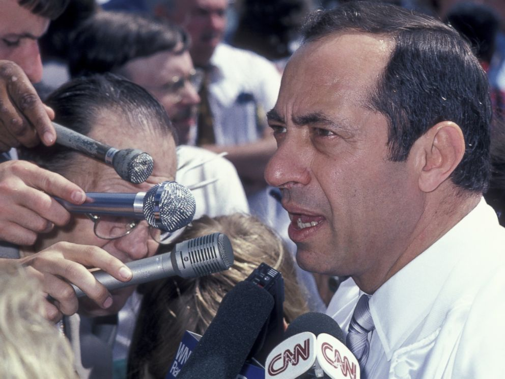 PHOTO: Governor Mario Cuomo attends the Hands Across America Benefit on May 25, 1986 in Los Angeles, Calif.