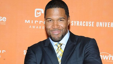 PHOTO: Michael Strahan attends the 2013 Newhouse Mirror Awards at Cipriani 42nd Street, June 5, 2013, in New York City.