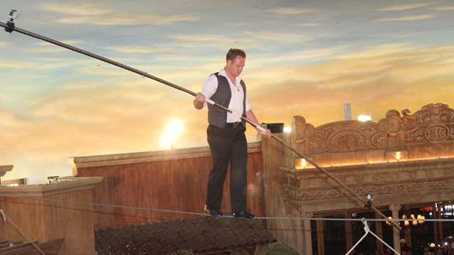 PHOTO: Daredevil Nik Wallenda walks on a high wire in the Quarter at Tropicana Casino on April 29, 2011 in Atlantic City, N.J.
