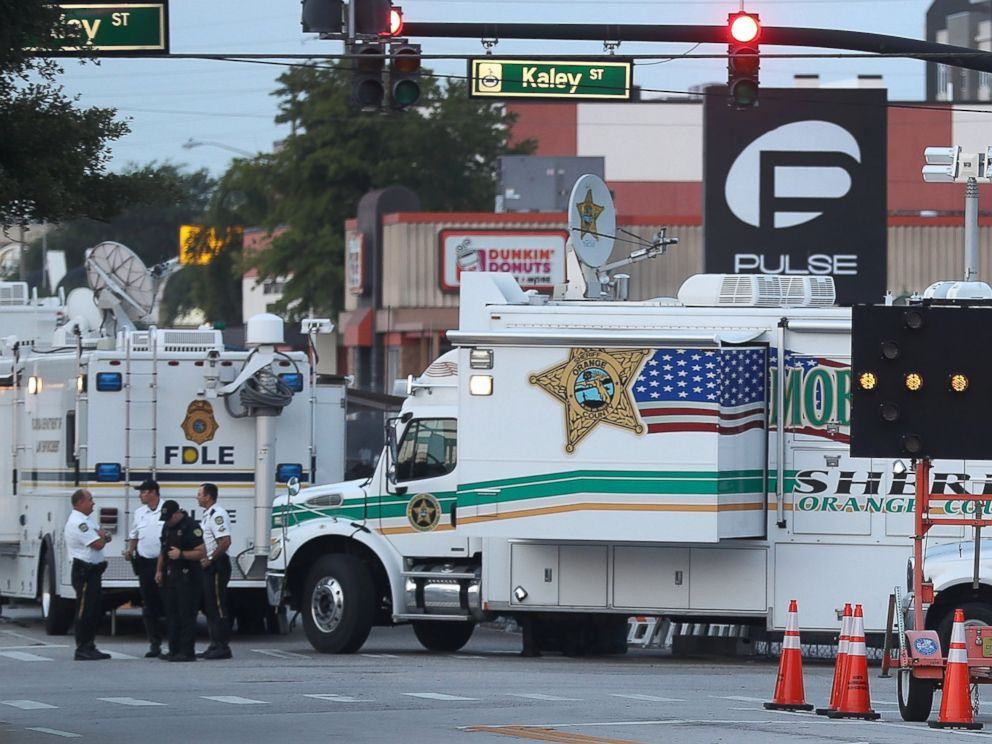 PHOTO: Law enforcement officials continue to investigate the Pulse gay nightclub where Omar Mateen killed 49 people on June 15, 2016 in Orlando, Florida.
