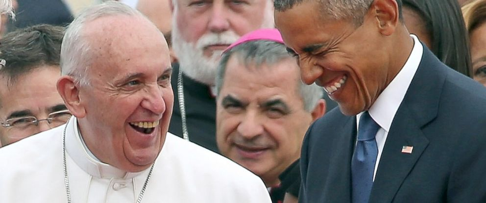PHOTO: Pope Francis is escorted by President Barack Obama as he greets and other political and Catholic church leaders after arriving from Cuba, Sept. 22, 2015 at Joint Base Andrews, Md.