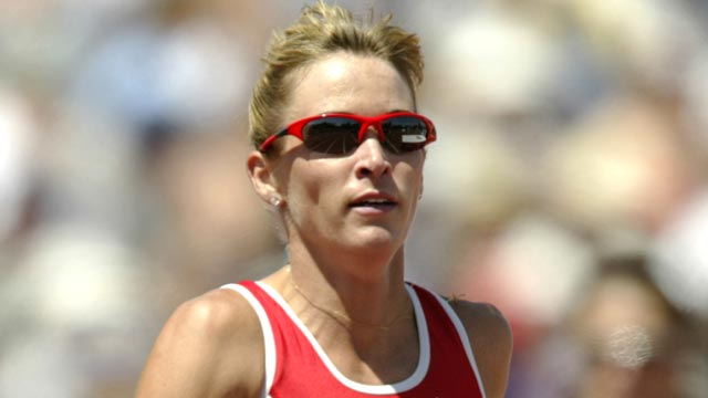 PHOTO: Suzy Favor Hamilton, right, battles for position as she nears the finish line in the womens 1500m final at the USA Outdoor Track and Field Championships on June 21, 2003.