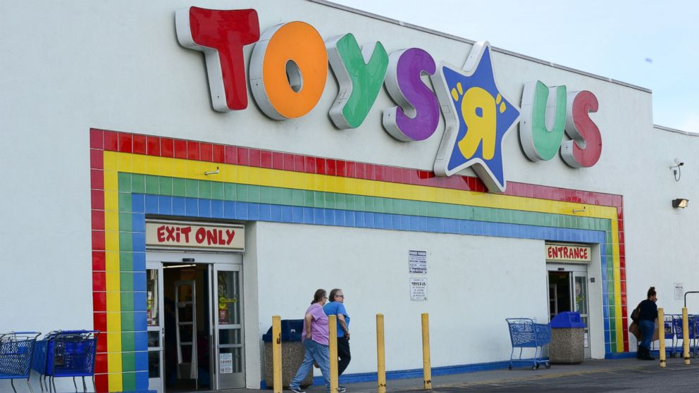 Toys R Us 20 Off : Woman visits toys 'r us pays off everybody s layaway